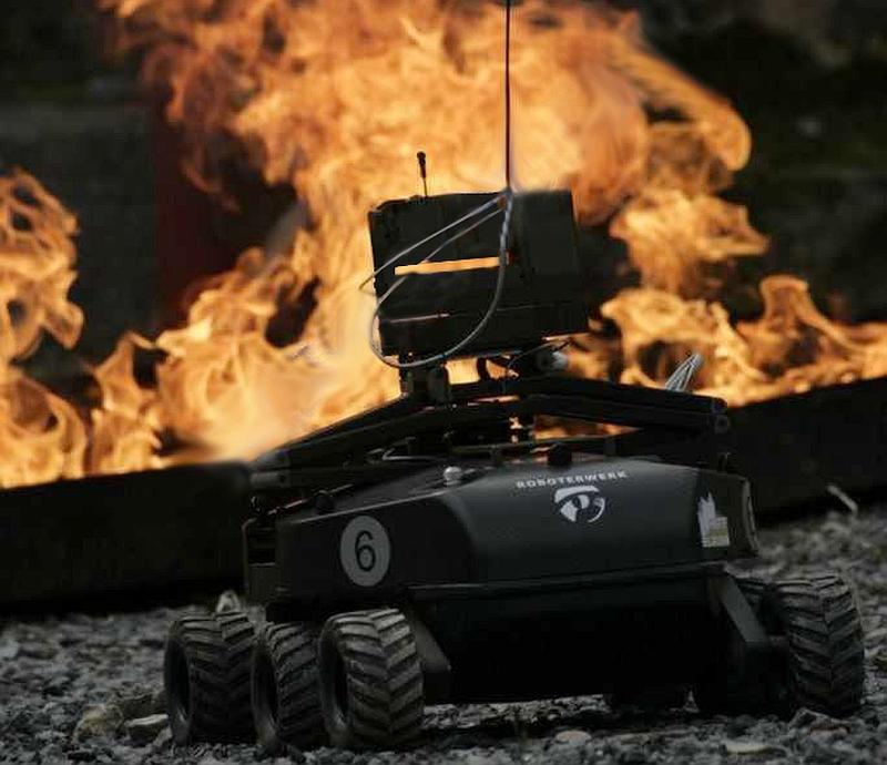 robotik-robotic-foxbot-rheinmetall-defence-roboterwerk-elrob-schlagheck-design
